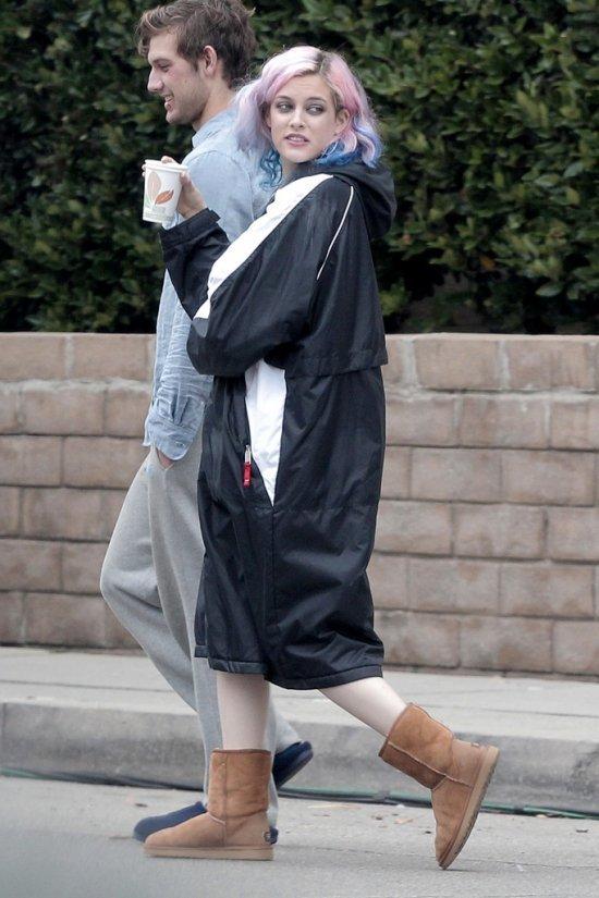 женские вязаные свитера, платья 2011